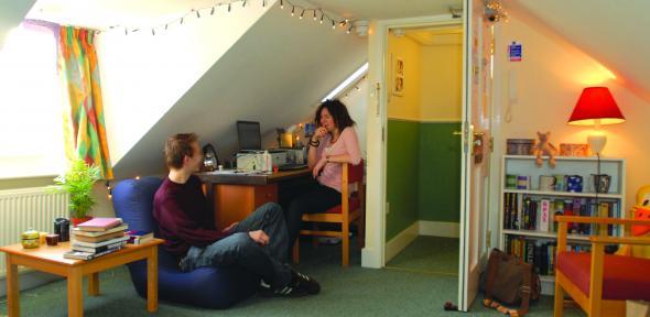 Kết quả hình ảnh cho accommodation cost for international study